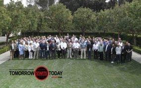 kalmar ottawa dealer meeting celebrates a record year in terminal tractor  sales >