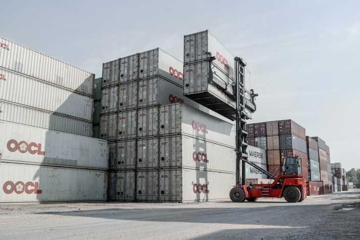 empty container handler kalmar investments
