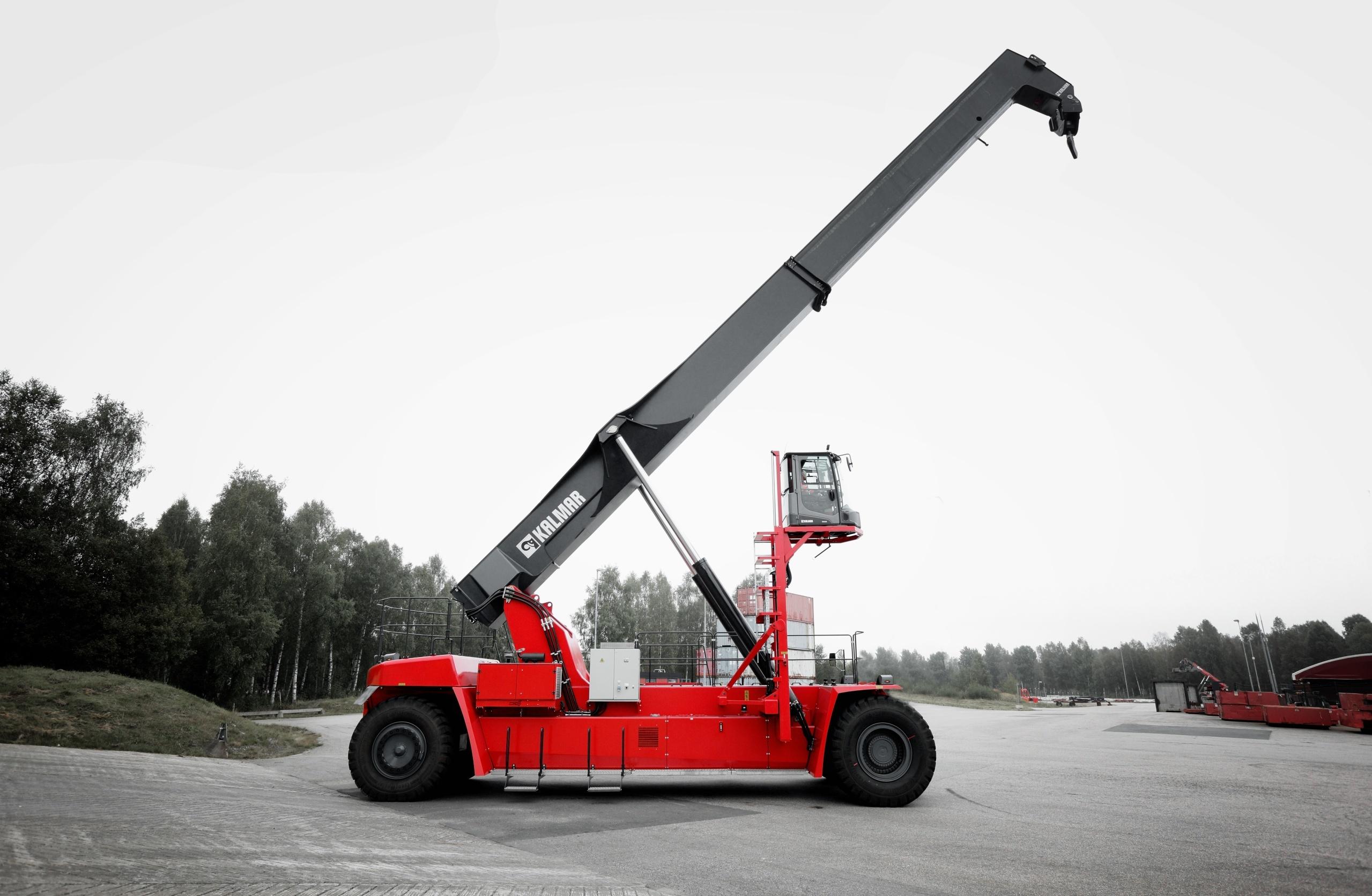 kalmar receives double order for the new super gloria reachstacker rh kalmarglobal com kalmar reach stacker specifications Kalmar Reach Stacker Dealer