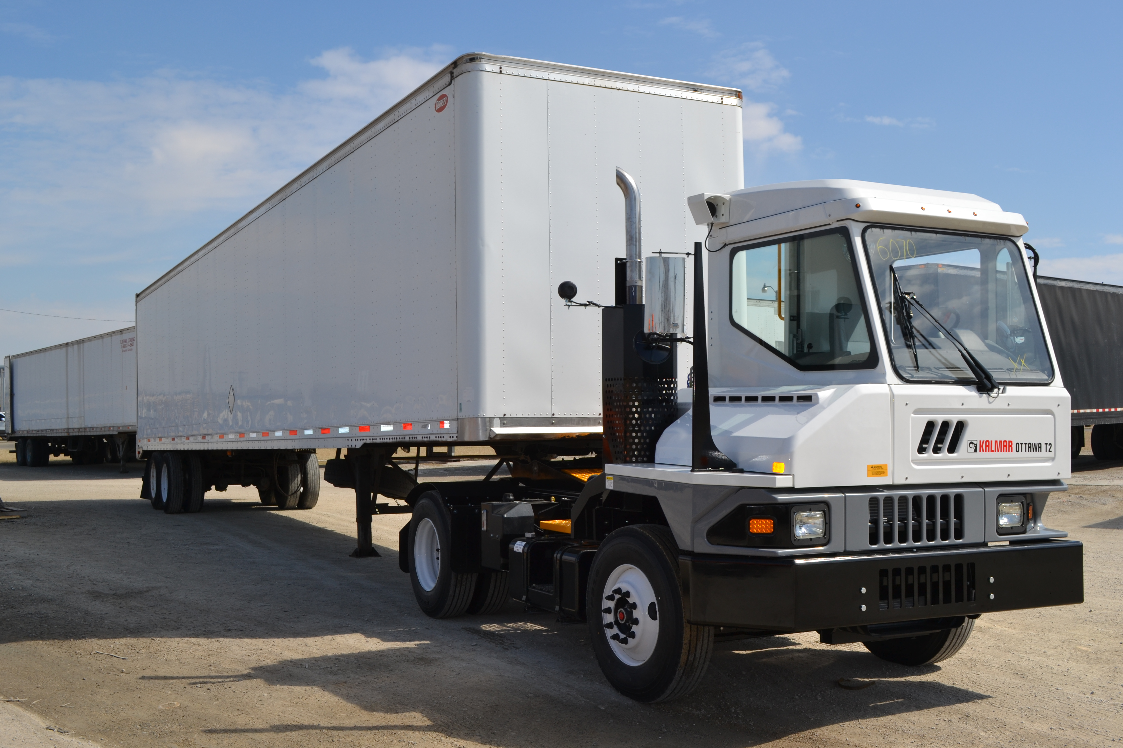 Kalmar To Deliver 60 Ottawa T2 Terminal Tractors To Rail