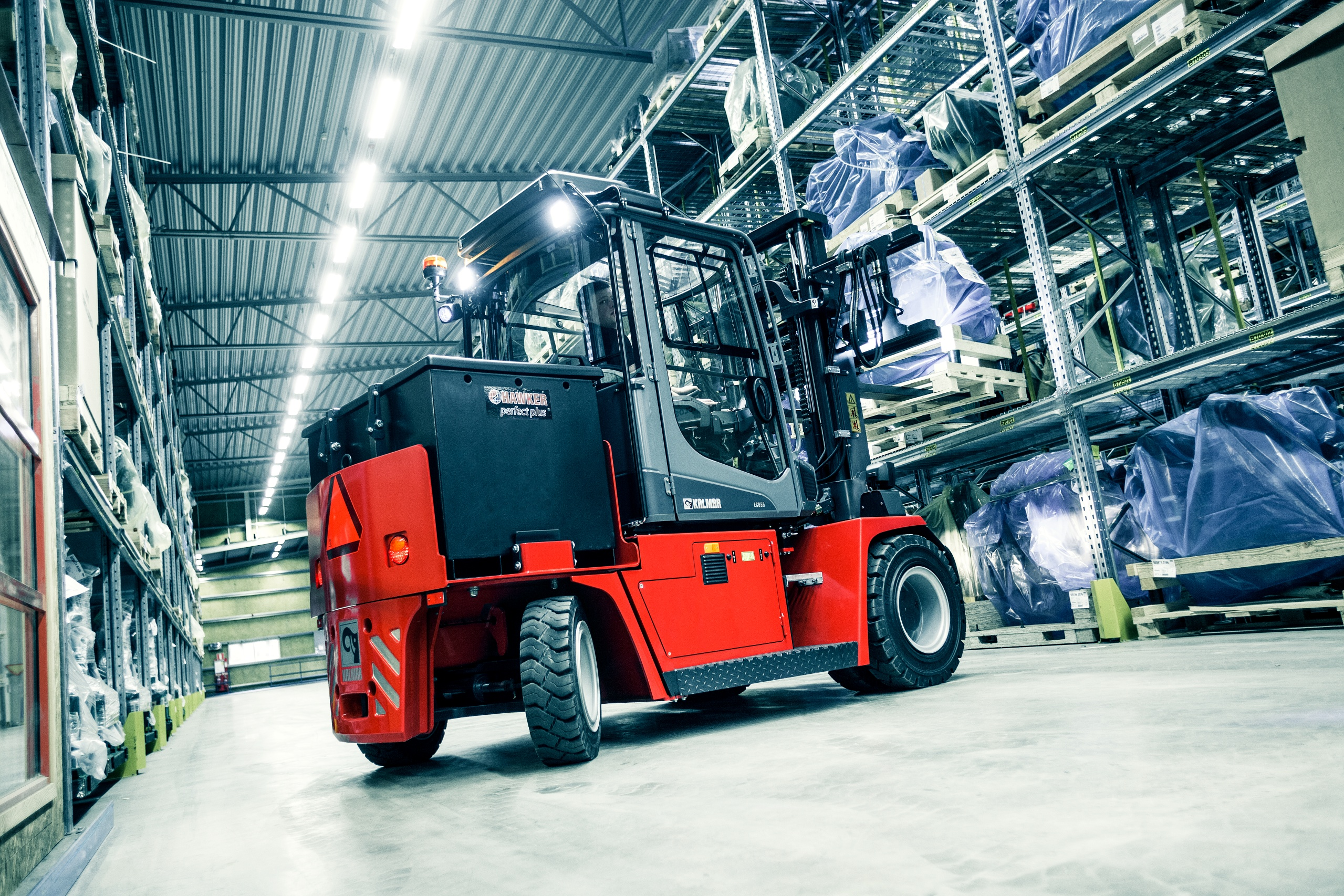 Kalmar Launches New Electric Forklift Truck For