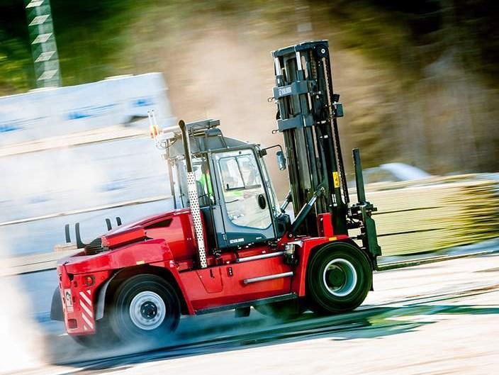 Forklift trucks 9 18 ton kalmarglobal for Wrap master model 1500